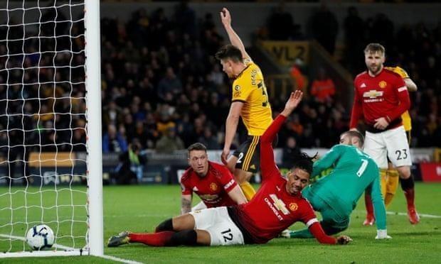 Smalling 'đốt đền', MU thua sốc trước Wolverhampton - ảnh 5