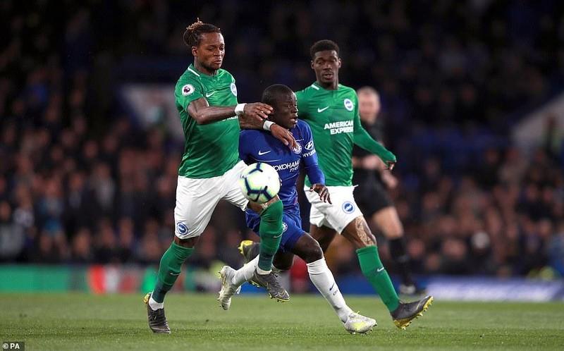 Đánh bại Brighton trên sân nhà, Chelsea vượt mặt MU - ảnh 1