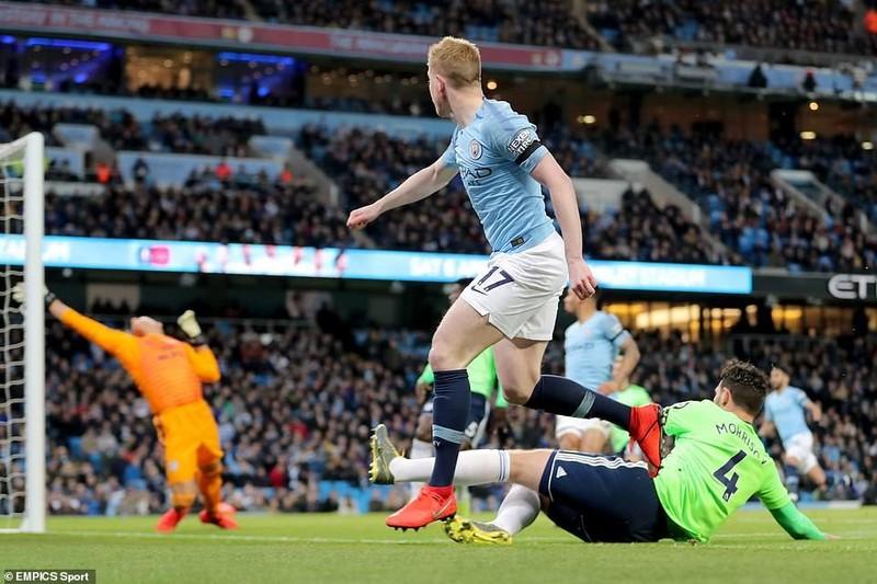 Hạ Cardiff City, Man. City đòi lại ngôi đầu Premier League - ảnh 2