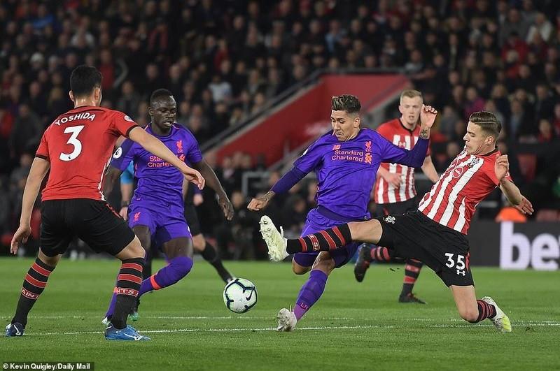 Salah tỏa sáng, Liverpool lội ngược dòng hạ Southampton - ảnh 2