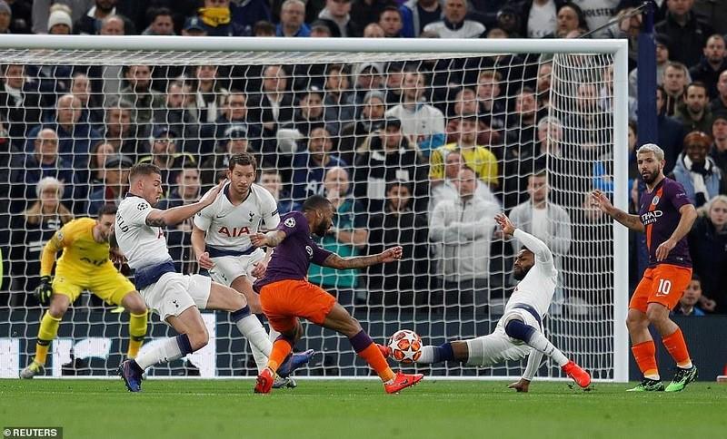 Aguero đá hỏng 11m, Man City 'ôm hận' trước Tottenham - ảnh 2