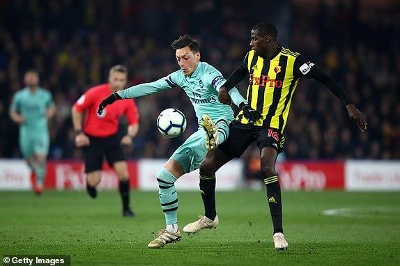 Thắng nhọc Watford, Arsenal chen chân vào Top 4 Premier League - ảnh 4