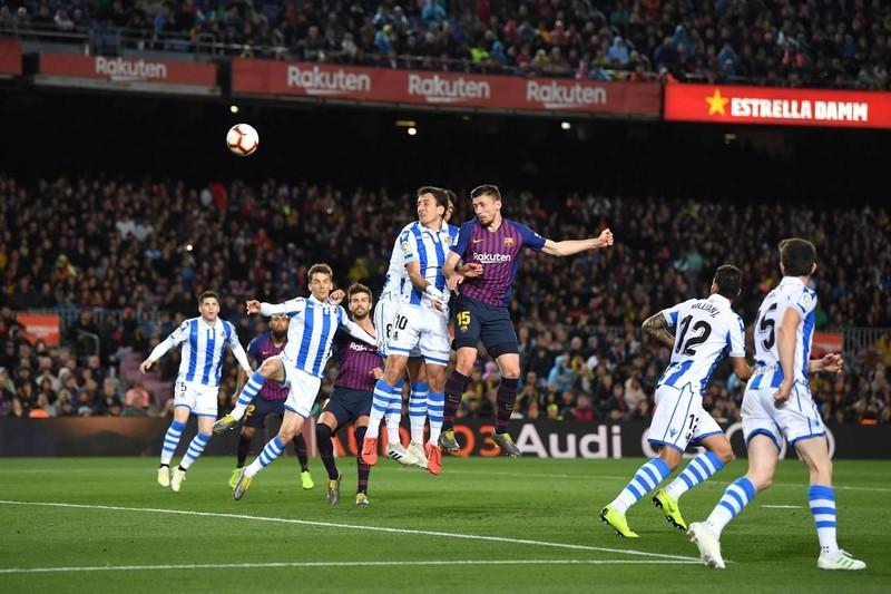 Hậu vệ lên tiếng, Barcelona thắng khó Real Sociedad - ảnh 2