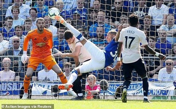 Thua tan nát Everton, MU rời xa Top 4 Premier League - ảnh 2