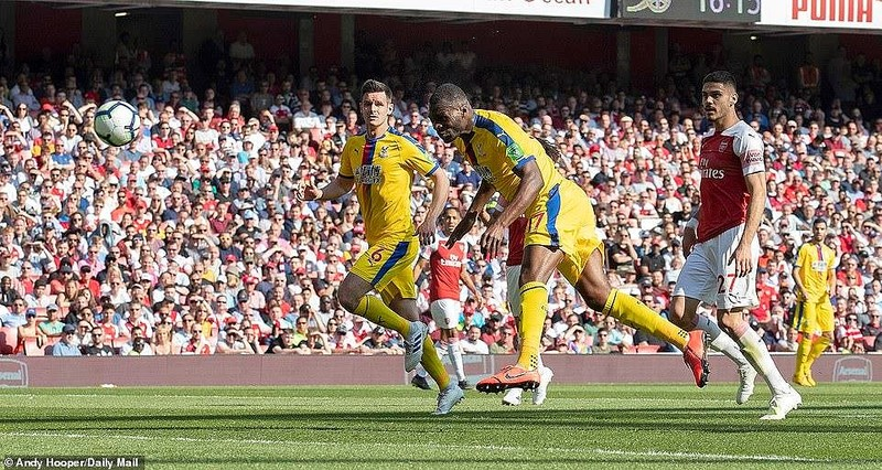Arsenal thua sốc Crystal Palace ngay tại Emirates - ảnh 2