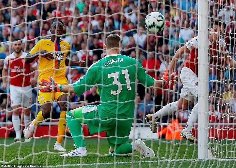 Arsenal thua sốc Crystal Palace ngay tại Emirates - ảnh 3