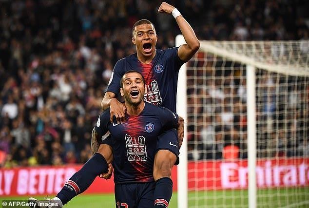 Benzema, Mbappe cùng lập hat-trick, Real thắng, PSG vô địch - ảnh 2