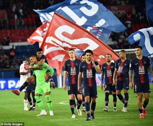 Benzema, Mbappe cùng lập hat-trick, Real thắng, PSG vô địch - ảnh 3