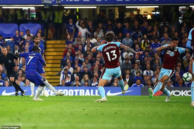 Bị Burnley 'níu chân', Chelsea bỏ lỡ cơ hội vàng - ảnh 2