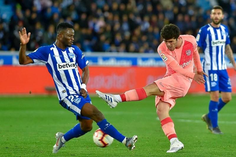 Đánh bại Alaves, Barcelona tiến sát ngôi vô địch La Liga - ảnh 3