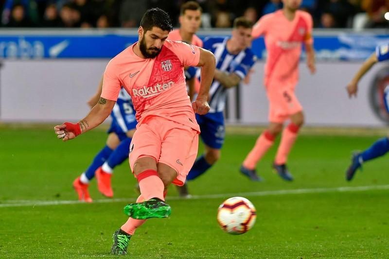 Đánh bại Alaves, Barcelona tiến sát ngôi vô địch La Liga - ảnh 4