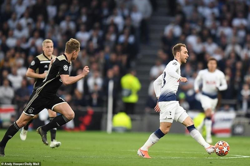 Hạ Tottenham ngay tại London, Ajax viết tiếp chuyện thần tiên - ảnh 1