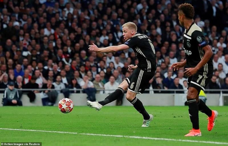 Hạ Tottenham ngay tại London, Ajax viết tiếp chuyện thần tiên - ảnh 2