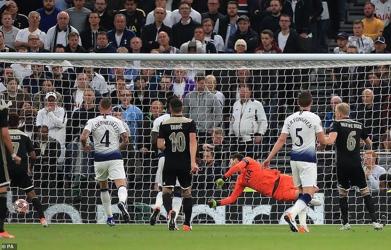 Hạ Tottenham ngay tại London, Ajax viết tiếp chuyện thần tiên - ảnh 3