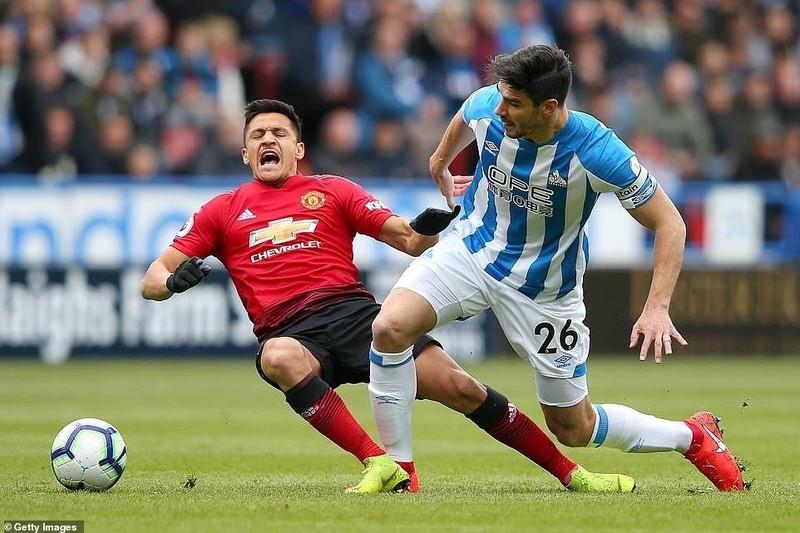 Hòa bạc nhược đội cuối bảng, MU tan mộng Top 4 Premier League - ảnh 2