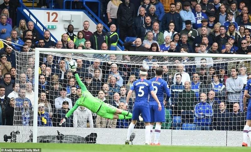 Hiệp hai bùng nổ, Chelsea đánh bại Watford vượt mặt Tottenham - ảnh 1