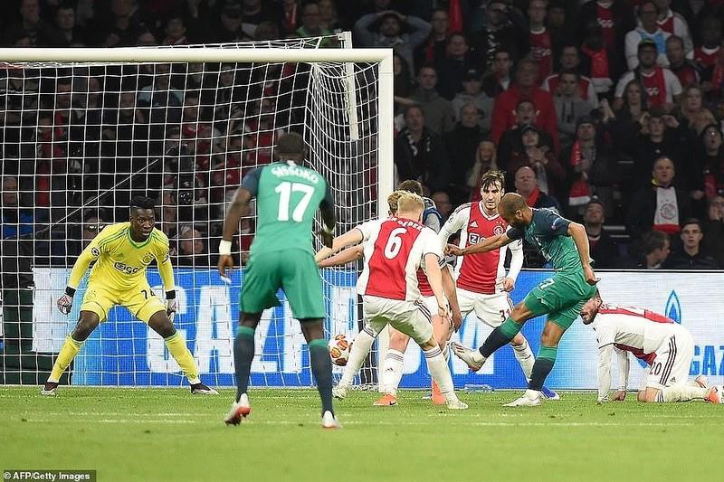 Moura lập hat-trick, Tottenham ngược dòng khó tin loại Ajax - ảnh 4