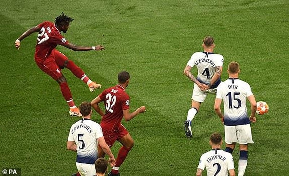 Salah ghi bàn, Liverpool hạ Tottenham vô địch Champions League - ảnh 9