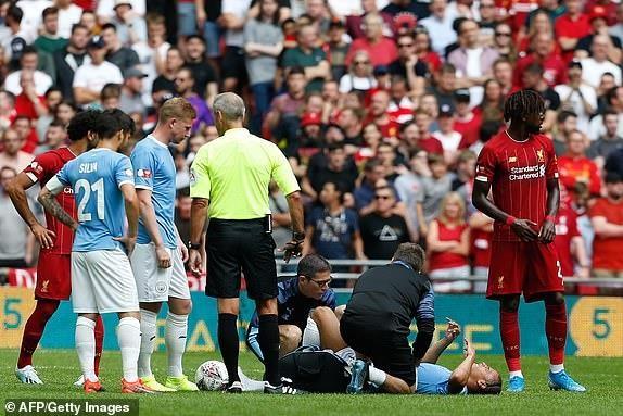 Salah vô duyên, Liverpool nhìn Man City vô địch siêu cúp Anh - ảnh 1