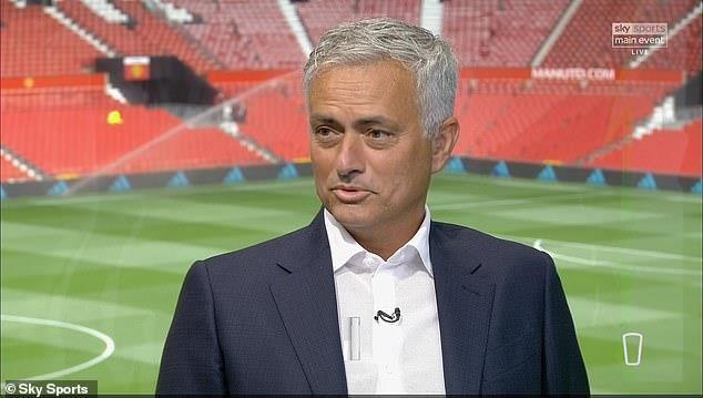 Mourinho ca ngợi siêu hậu vệ đắt giá nhất thế giới của MU - ảnh 1