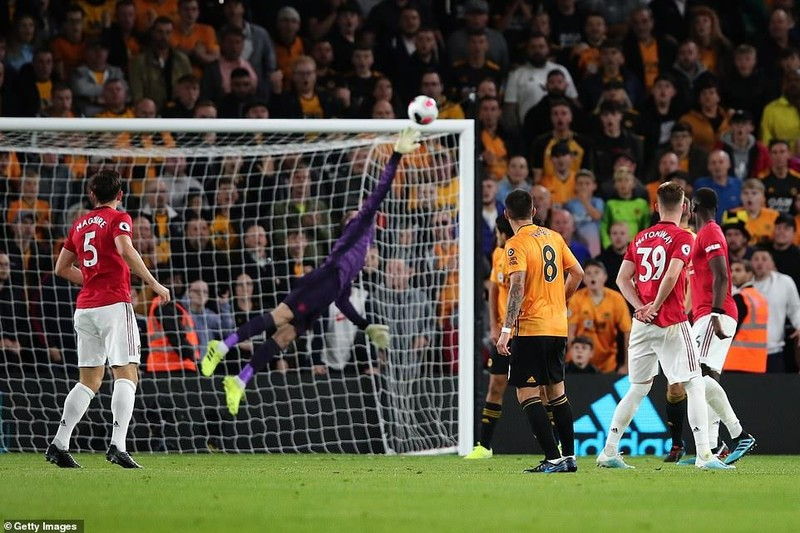 Pogba hỏng 11m, MU lỡ cơ hội lên ngôi đầu Premier League - ảnh 4