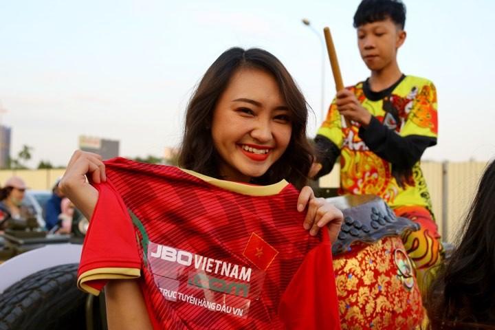 Văn Lâm xuất thần,Việt Nam hòa Thái Lan kịch tính và tranh cãi - ảnh 28