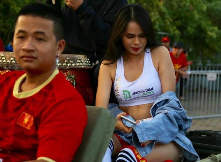 Văn Lâm xuất thần,Việt Nam hòa Thái Lan kịch tính và tranh cãi - ảnh 30