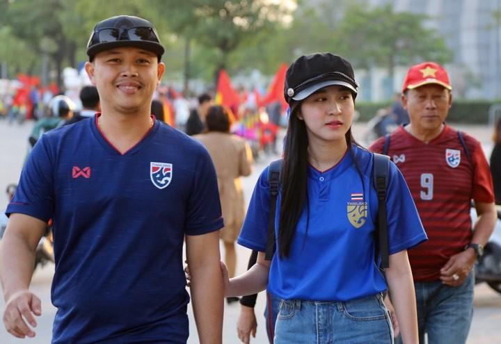 Văn Lâm xuất thần,Việt Nam hòa Thái Lan kịch tính và tranh cãi - ảnh 39