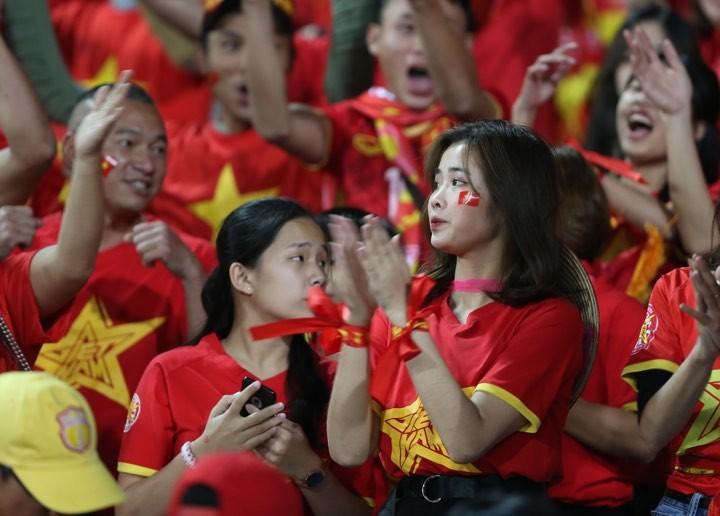 Văn Lâm xuất thần,Việt Nam hòa Thái Lan kịch tính và tranh cãi - ảnh 15