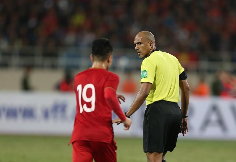 AFC: Văn Lâm cứu thua ngoạn mục khiến CĐV phát cuồng - ảnh 1
