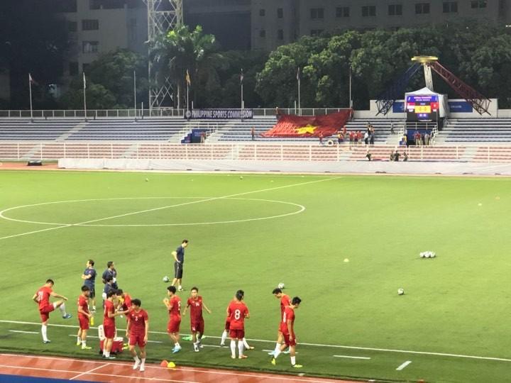 Đức Chinh ghi bàn thắng vàng, U22 Việt Nam thắng khó Singapore - ảnh 27