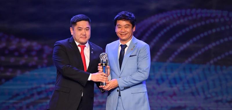 Văn Hậu hụt giải cầu thủ trẻ, Hassan Afif xuất sắc nhất châu Á - ảnh 6