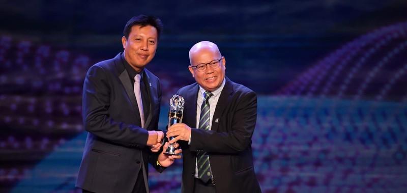 Văn Hậu hụt giải cầu thủ trẻ, Hassan Afif xuất sắc nhất châu Á - ảnh 7