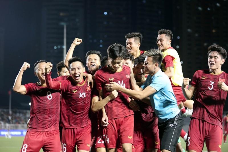 Đức Chinh ghi bàn thắng vàng, U22 Việt Nam thắng khó Singapore - ảnh 39