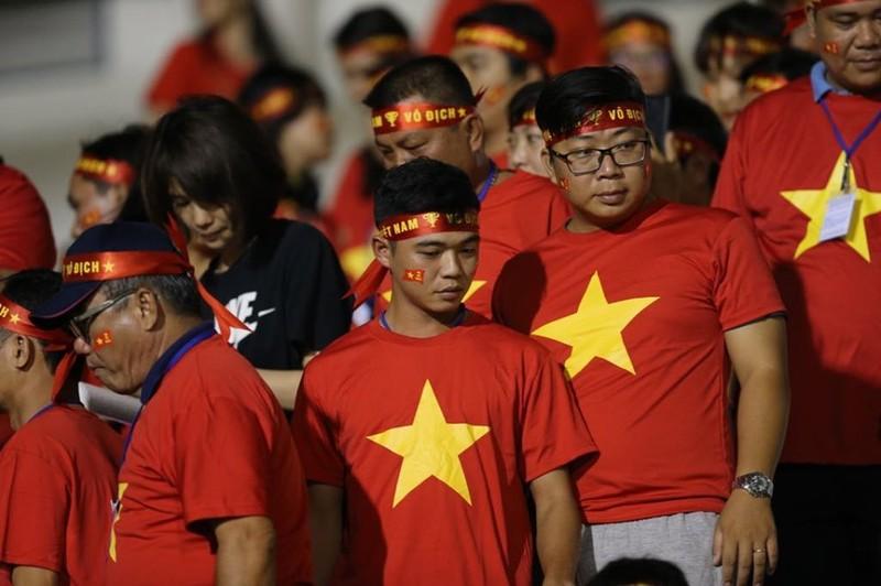Đức Chinh ghi bàn thắng vàng, U22 Việt Nam thắng khó Singapore - ảnh 25