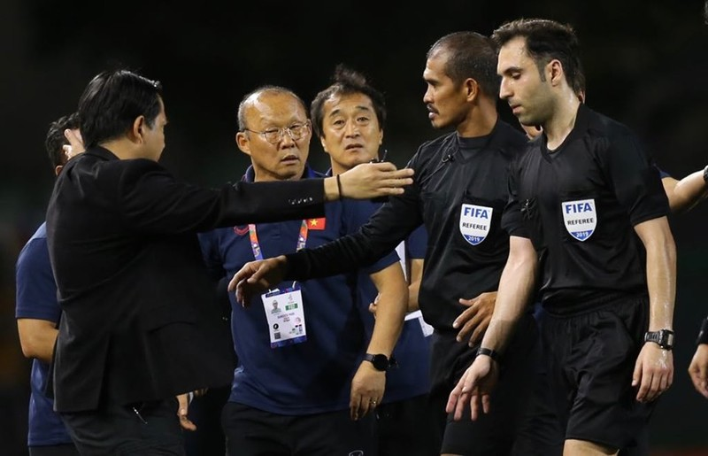 Đức Chinh ghi bàn thắng vàng, U22 Việt Nam thắng khó Singapore - ảnh 11