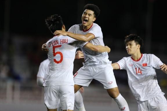 Đức Chinh ghi bàn thắng vàng, U22 Việt Nam thắng khó Singapore - ảnh 2