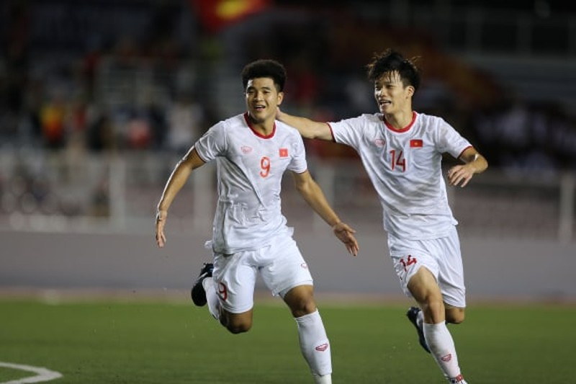 Đức Chinh ghi bàn thắng vàng, U22 Việt Nam thắng khó Singapore - ảnh 4