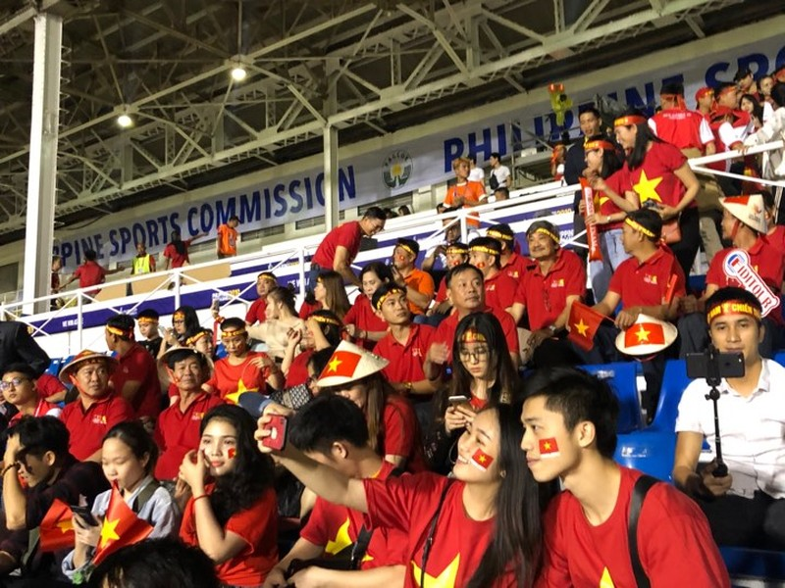 Đức Chinh ghi bàn thắng vàng, U22 Việt Nam thắng khó Singapore - ảnh 33