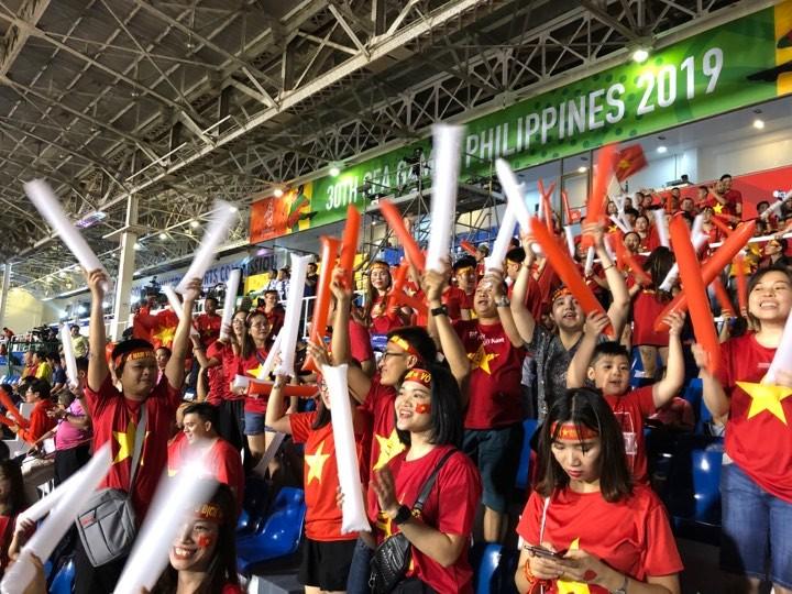 Thắng dễ Campuchia, Việt Nam vào chung kết tái đấu Indonesia - ảnh 20
