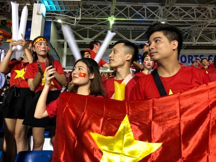 Thắng dễ Campuchia, Việt Nam vào chung kết tái đấu Indonesia - ảnh 23