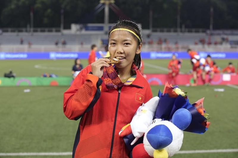 Chùm ảnh tuyển nữ Việt Nam giành HCV SEA Games đầy cảm xúc - ảnh 18