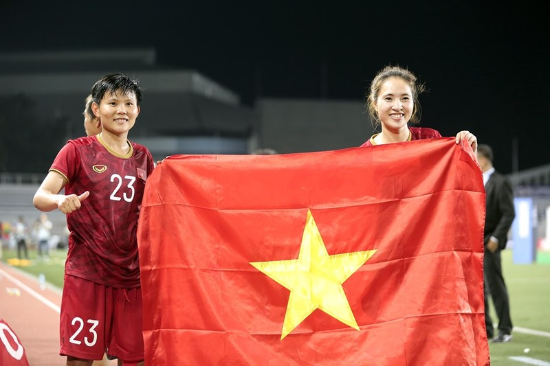Chùm ảnh tuyển nữ Việt Nam giành HCV SEA Games đầy cảm xúc - ảnh 24