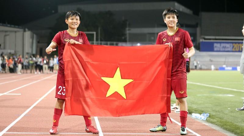 Chùm ảnh tuyển nữ Việt Nam giành HCV SEA Games đầy cảm xúc - ảnh 25