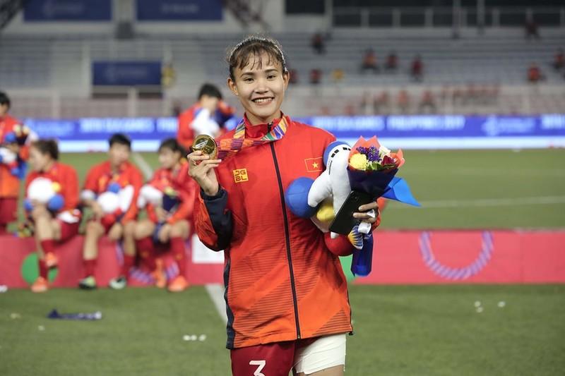 Chùm ảnh tuyển nữ Việt Nam giành HCV SEA Games đầy cảm xúc - ảnh 21