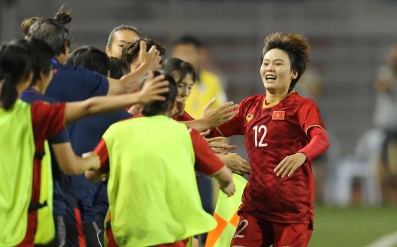Chùm ảnh tuyển nữ Việt Nam giành HCV SEA Games đầy cảm xúc - ảnh 11