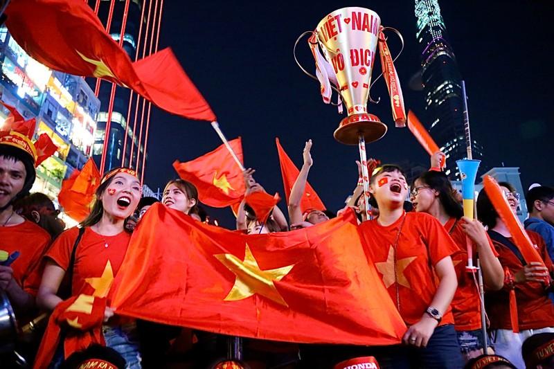 Hạ Indonesia 3-0, U-22 Việt Nam giành HCV SEA Games lịch sử - ảnh 4