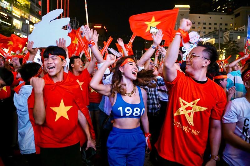 Hạ Indonesia 3-0, U-22 Việt Nam giành HCV SEA Games lịch sử - ảnh 6