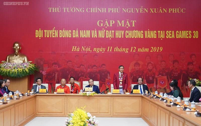 Hai đội tuyển VN dự lễ mừng công của Thủ tướng - ảnh 2
