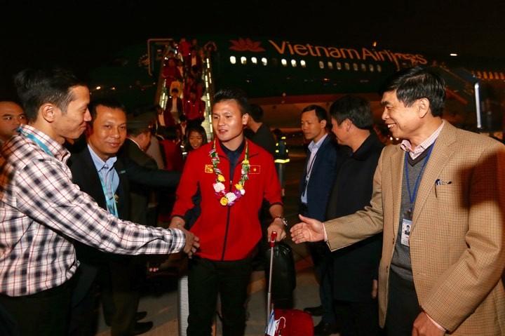 Hai đội tuyển VN dự lễ mừng công của Thủ tướng - ảnh 9